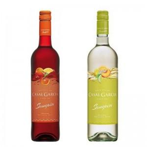 Kit Vinho Casal Garcia Sangria Tinto 750 ml + Vinho Casal Garcia Sangria Branco 750 ml